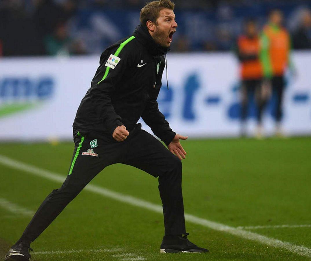Chỉ đạo ngoài đường biên – Touchline Team Talk trong Football Manager