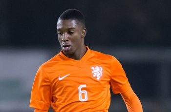 Riechedly Bazoer - Must-buy players - Football Manager 2016